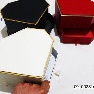 خرید و فروش عمده و جزیی انواع جعبه کادویی های زیبا