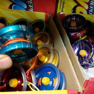 سفارش عمده انواع اسباب بازی ، یویو فلزی در کاری وبسایت