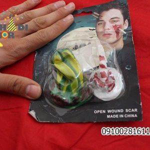 پخش عمده لوازم هالووین محصول گریم پیچ گوشتی روی صورت