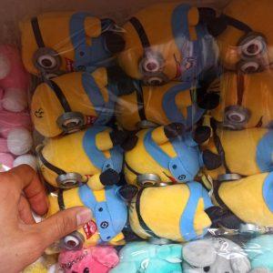 خرید عمده انواع عروسک زیبا عروسک مینیون ،موشی