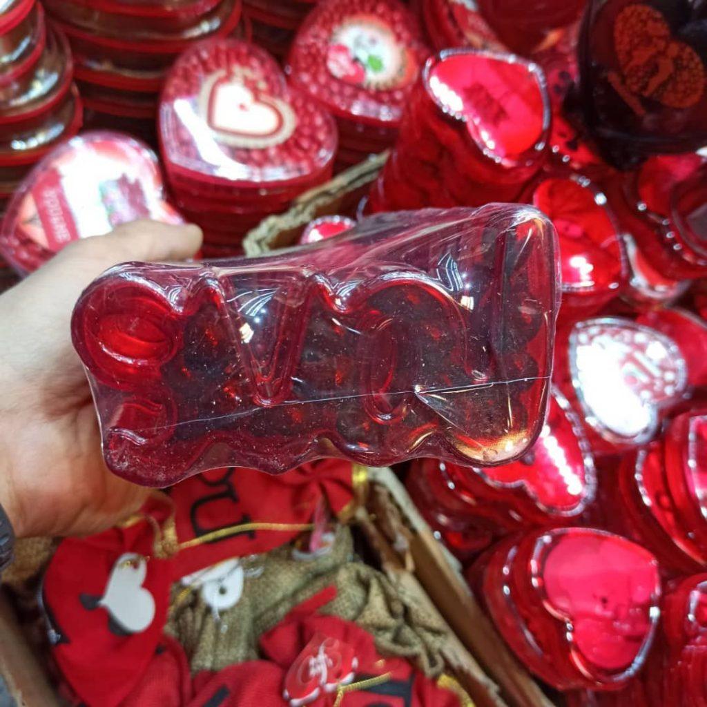 پخش عمده لوازم ولنتاین و کادویی انواع شکلات ولنتاین