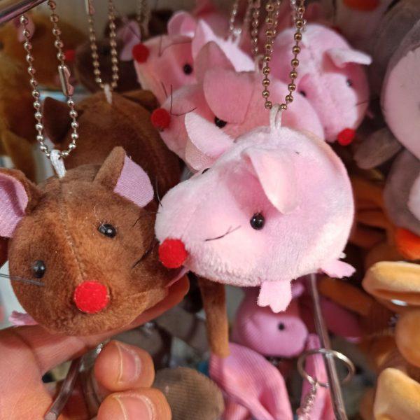 پخش عمده اسباب بازی های جذاب عروسک آویزانی خاص
