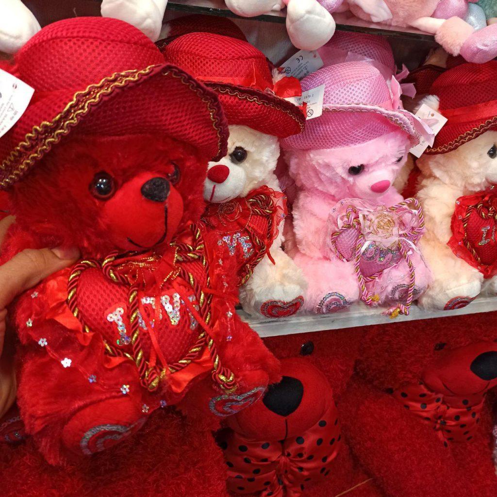 قیمت عمده لوازم ولنتاین عروسک ولنتاین